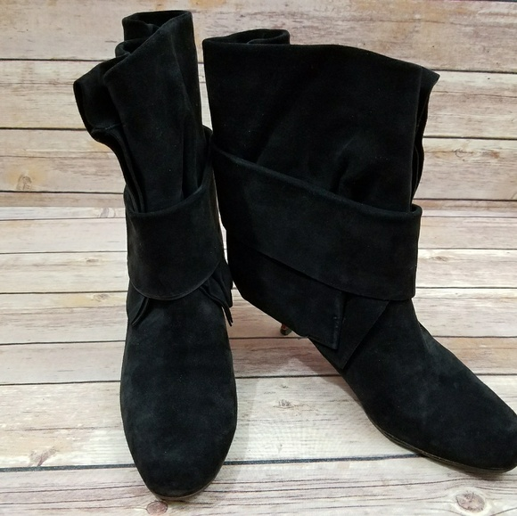 03f3c98e3923 Michel Perry 37 Suede Leather Heeled Booties Boots.  M 5a8e51dba44dbe034a76f2af